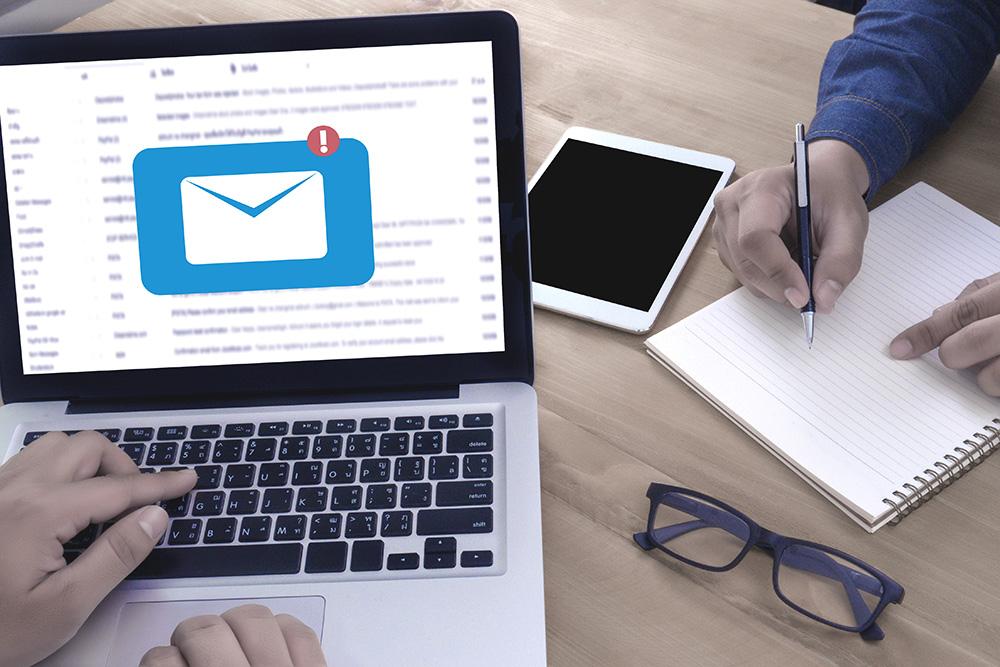 email bombing dettaglio